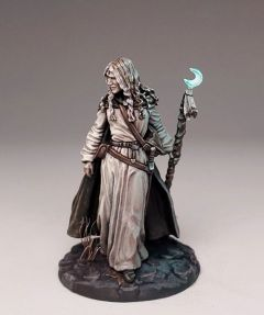 DSM7379 Visions in Fantasy Marching Female Mage with Staff