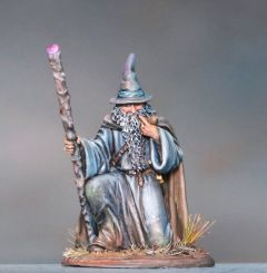 DSM7381 Visions in Fantasy Kneeling Mage with Staff