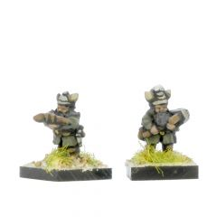 FDW102 Dwarves with Crossbows