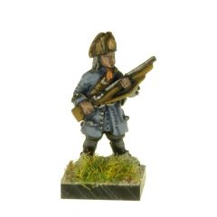 LA39 Dragoon at Ready, fur cap