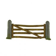 SC11a Wooden Gate and Stone Posts x2